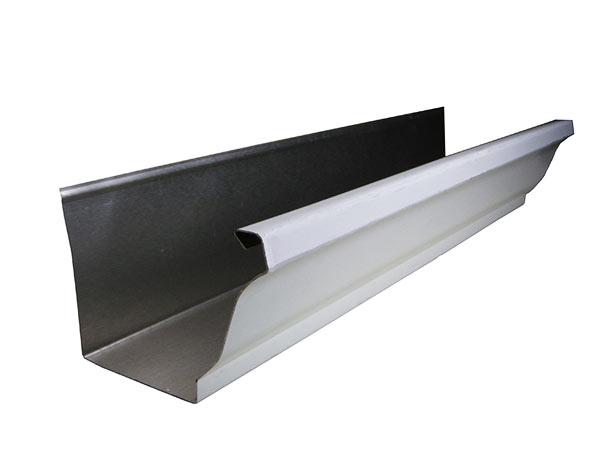 sección de un canalón de aluminio