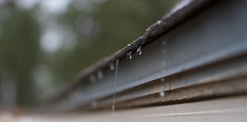 Consejos Para Desatascar Los Canalones De Evacuación Pluvial